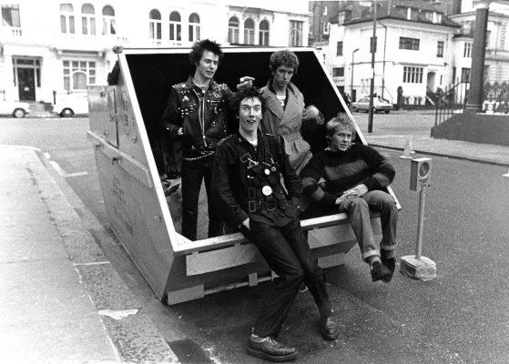 SEX PISTOLS HYDE PARK 1977